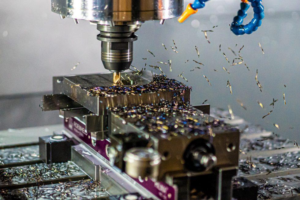 Konserwacja maszyn CNC.